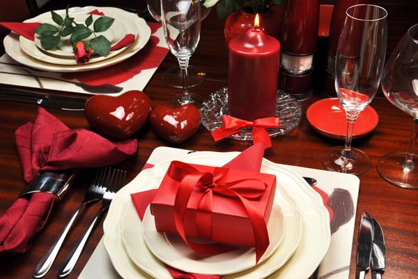 Romantisches Abendessen zu Zweit: Perfekte Geschenkidee zum Geburtstag oder Valentinstag