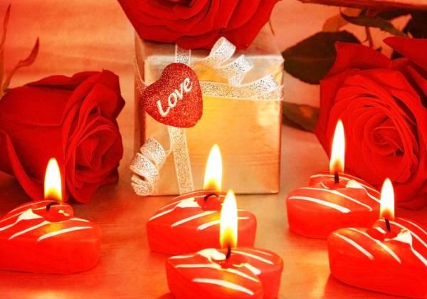 Geschenkidee der persönlichen Art: romantisches Abendessen in einem edlen Restaurant