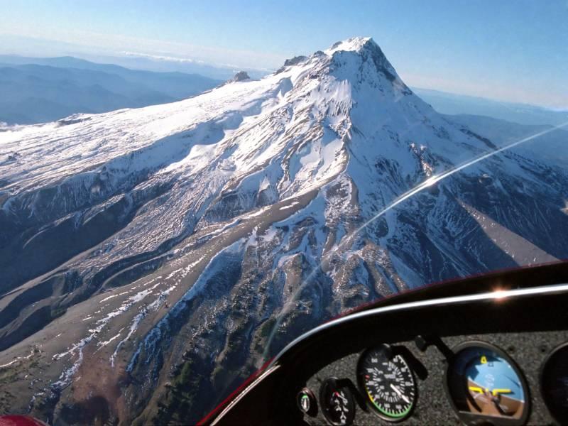 Sehenswürdigkeiten von oben bei einem Gourmetflug genießen