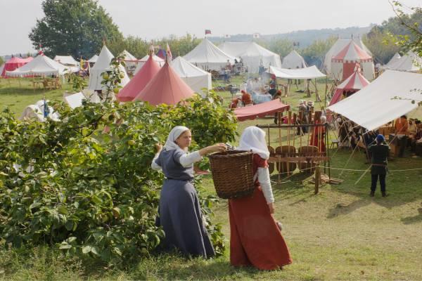 Leben und Speisen wie im Mittelalter - Ein Ritteressen macht es möglich.