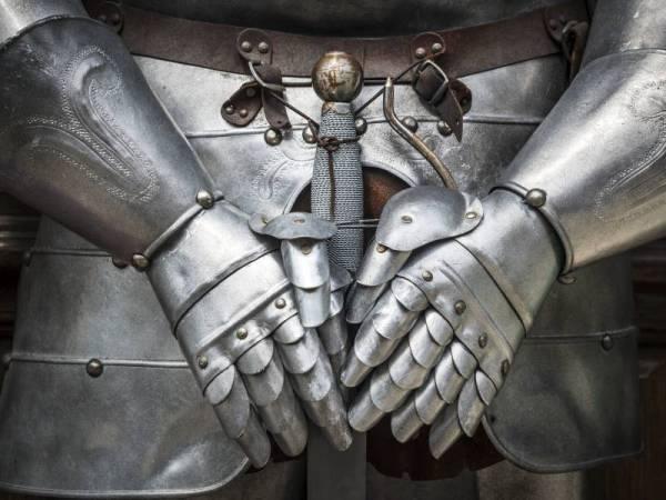 Spaß für Alt und Jung, Klein und Groß: Mittelalterliches Essen mit echten Rittern live erleben
