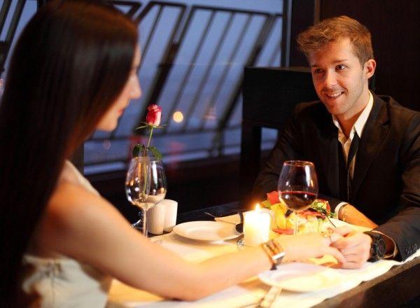 Gönnen Sie Ihrem Partner und sich eine Auszeit vom Alltag bei einem exklusiven Abendessen